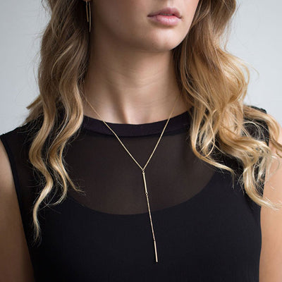 One Piece, Three Ways: The Line Necklace