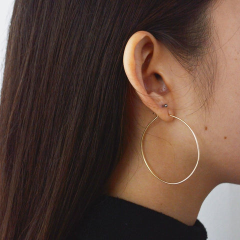Classic Hoop medium in 14k gold fill modeled | Fresh Tangerine