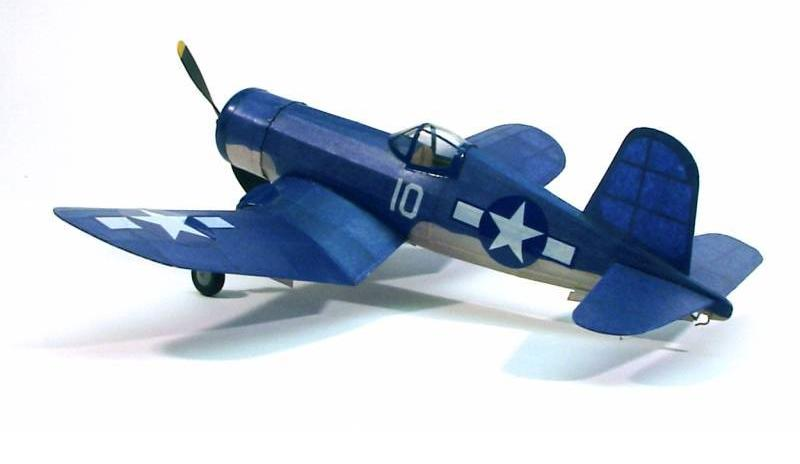 Dumas F4U Corsair Balsa Kit