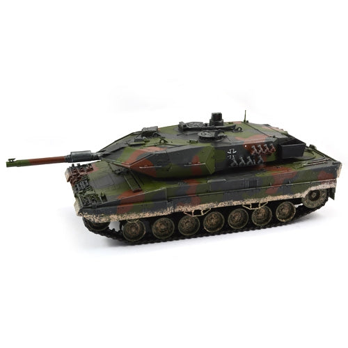 Hobby Engine Premium Label Leopard 2A5 2.4GHz RC Tank