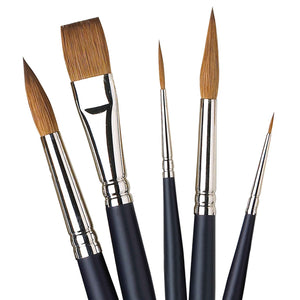 Winsor & Newtons Artists' Professional Watercolour Sable brush range is hand-made with high-quality Kolinsky sable hair. The Pointed Round has an elongated point and tip for accuracy and fine detail.