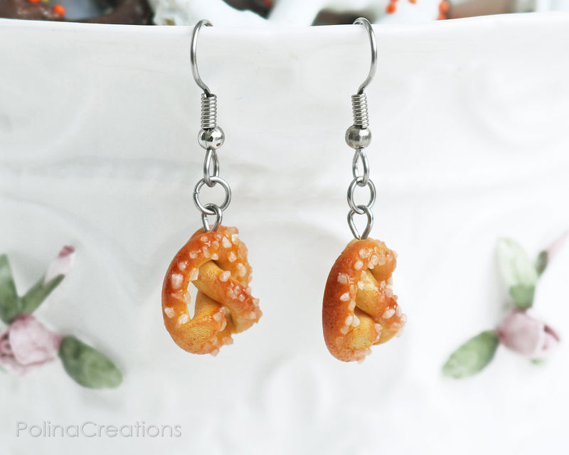 products/1pretzel_earrings_2.jpg