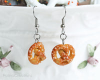 PolinaCreations Sea Salt Pretzel Earrings, Pretzel Jewelry Fake Food Jewelry Miniature Food Earrings Hypoallergenic Cute Earrings Polymer clay Jewellery Polina Creations