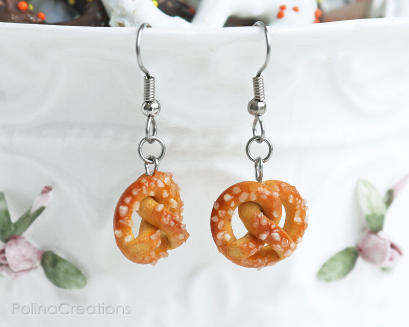 products/1pretzel_earrings_7.jpg