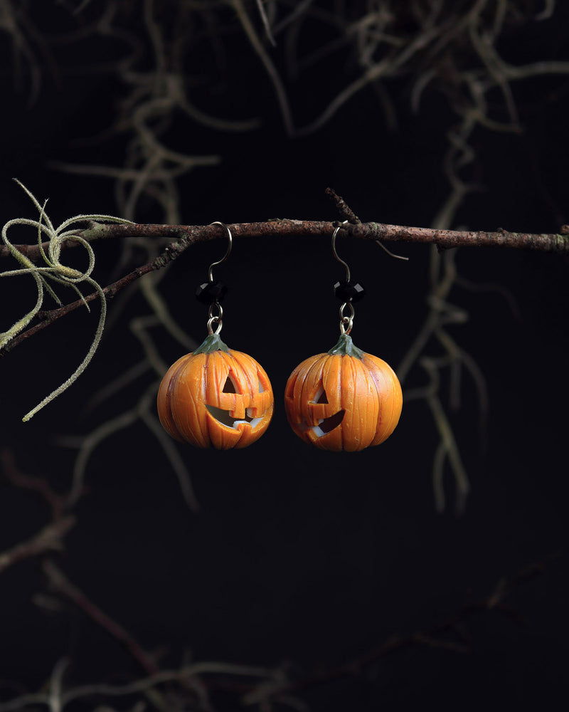 products/2-3_halloween_pumpkin_head_earrings.jpg