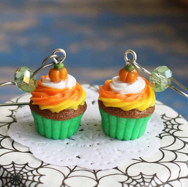 products/3-2_halloween_cupcakes_green_crop.jpg