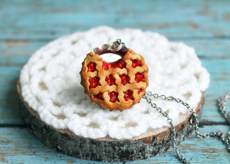 products/3_cherry_pie_pendant.jpg
