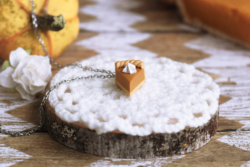 products/3c-2_pumpkin_pie_pendant.jpg