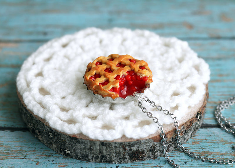 products/6_cherry_pie_pendant.jpg