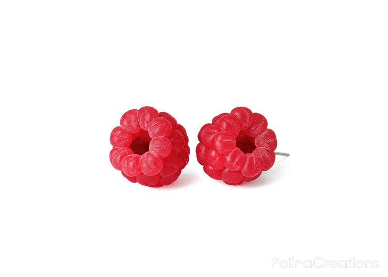 products/Raspberry_stud_earrings_polina_creations_4.jpg