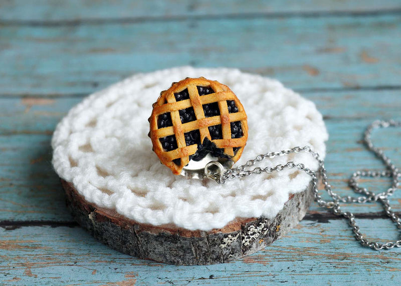 products/bluberry_pie_pendant6.jpg