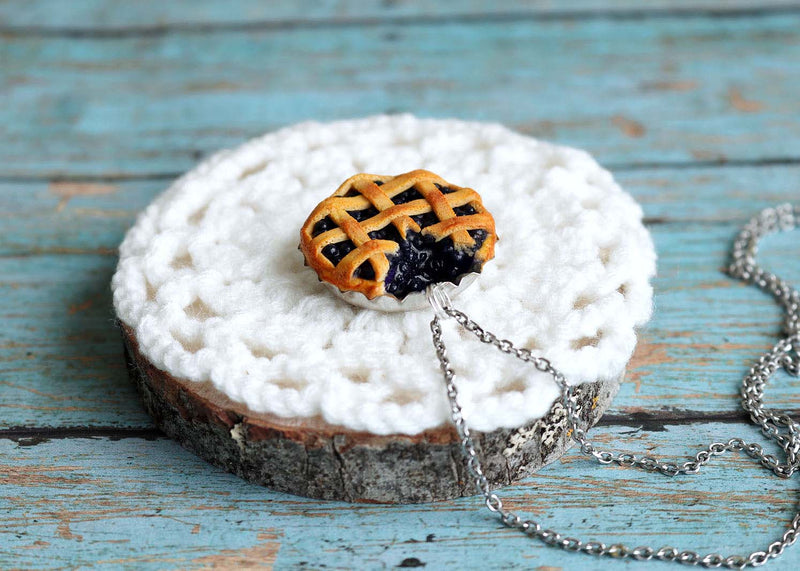 products/bluberry_pie_pendant7.jpg