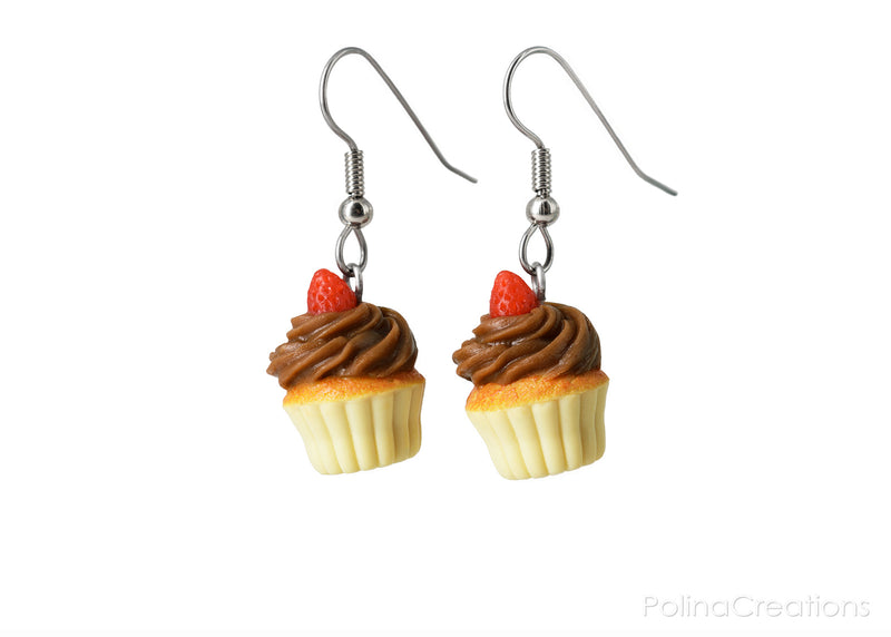 products/chocolate_cupcake_earrings_polinacreations_4_sRGB.jpg