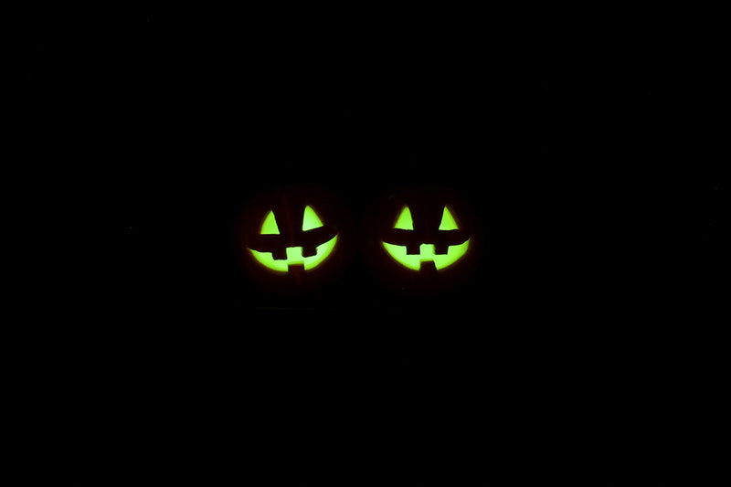 products/halloween_pumpkin_head_earrings_glow_in_the_dark.jpg