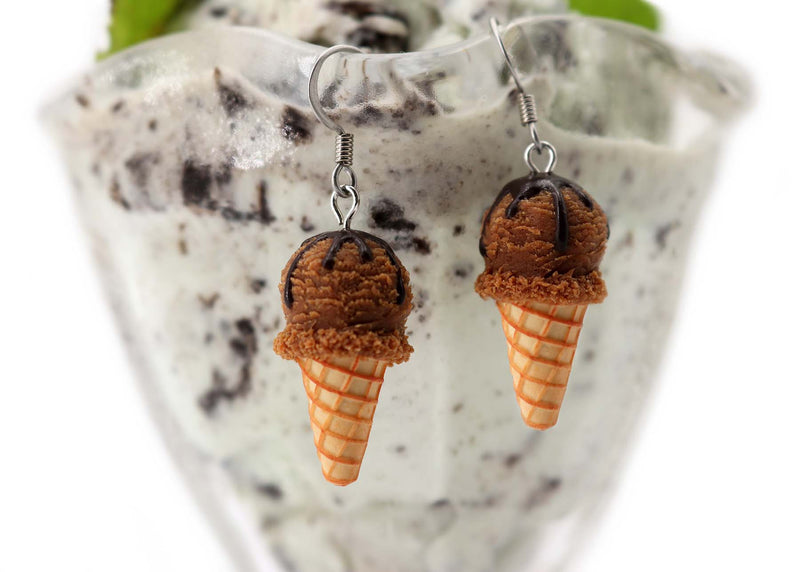 products/handmade_polymer_clay_chocolate_cream_earrings_2.jpg
