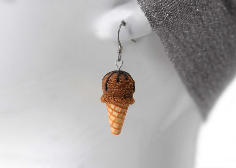products/handmade_polymer_clay_chocolate_cream_earrings_5.jpg