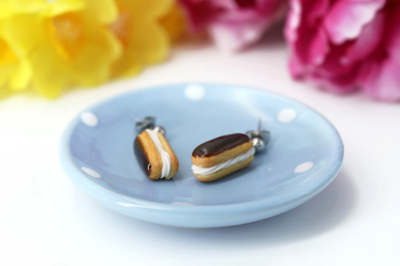 products/handmade_polymer_clay_eclair_stud_earrings_topped_with_chocolate_3.jpg