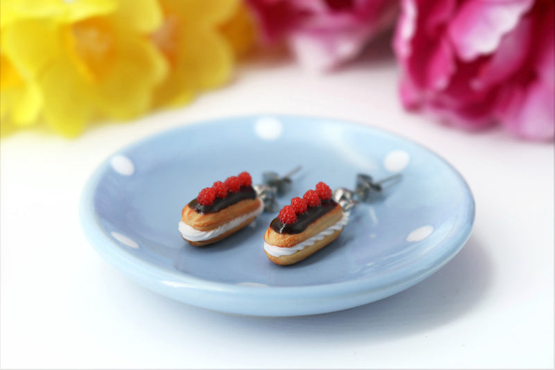 products/handmade_polymer_clay_eclair_stud_earrings_topped_with_chocolate_and_raspberries_5.jpg