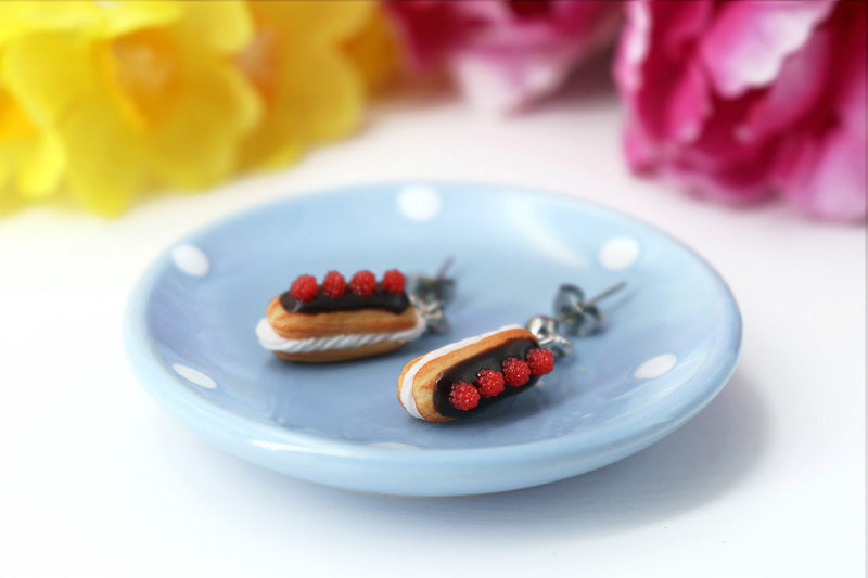 products/handmade_polymer_clay_eclair_stud_earrings_topped_with_chocolate_and_raspberries_6.jpg