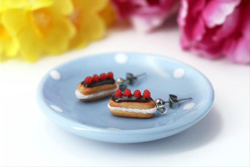 products/handmade_polymer_clay_eclair_stud_earrings_topped_with_chocolate_and_raspberries_7.jpg