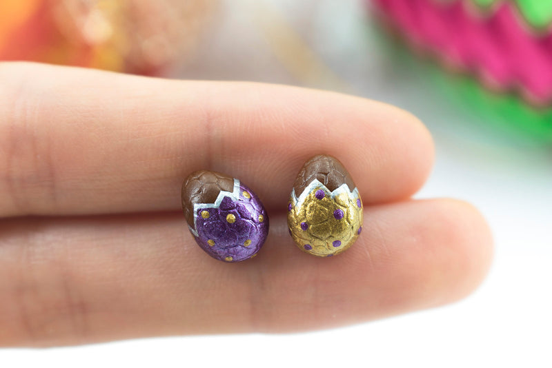 products/handmade_polymer_clay_metallic_gold_purple_color_easter_chocolate_egg_stud_earrings_1-2.jpg
