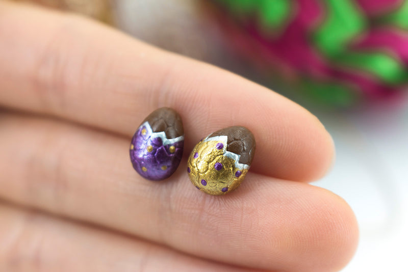 products/handmade_polymer_clay_metallic_gold_purple_color_easter_chocolate_egg_stud_earrings_4.jpg