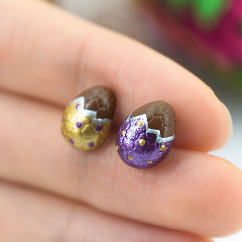 products/handmade_polymer_clay_metallic_gold_purple_color_easter_chocolate_egg_stud_earrings_5-2_crop.jpg