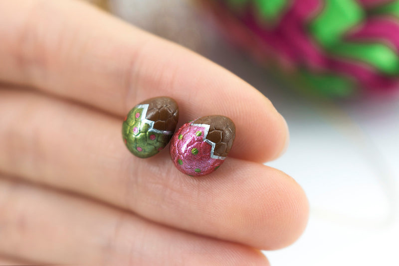 products/handmade_polymer_clay_metallic_red_green_color_easter_chocolate_egg_stud_earrings_6-2.jpg
