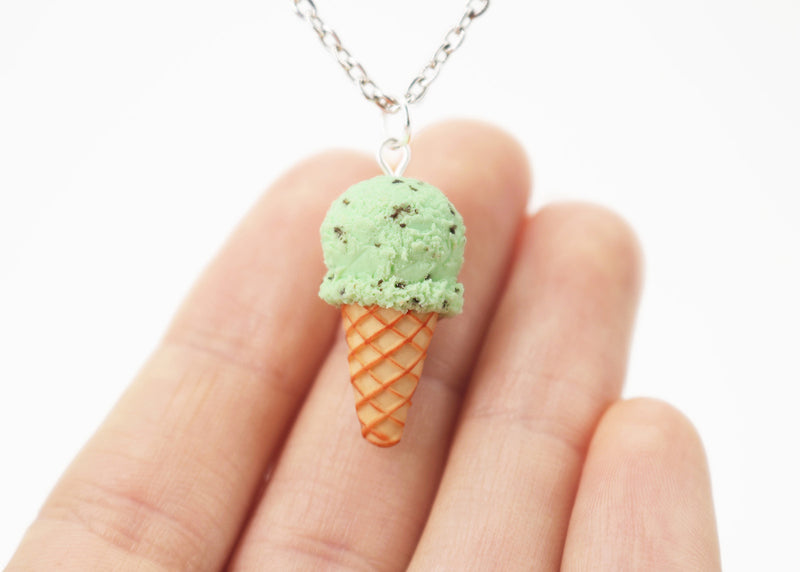 products/handmade_polymer_clay_mint_ice_cream_waffle_cone_pendant_3.jpg