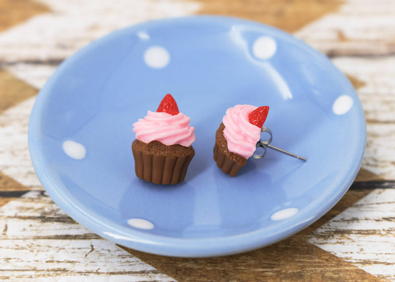 products/handmade_polymer_clay_pink_frosting_chocolate_cupcake_stud_earrings_5.jpg