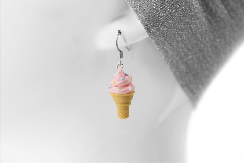 products/handmade_polymer_clay_pink_ice_cream_sugar_cone_earrings_3.jpg