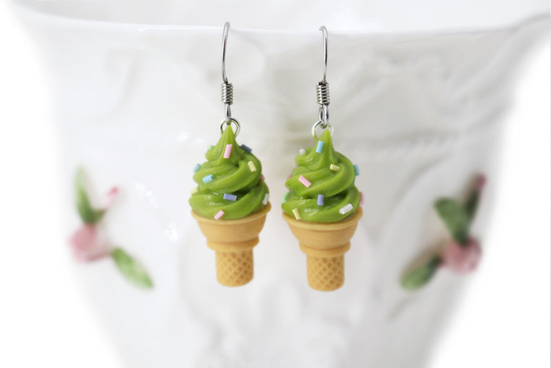 products/handmade_polymer_clay_pistachios_ice_cream_sugar_cone_earrings_1.jpg