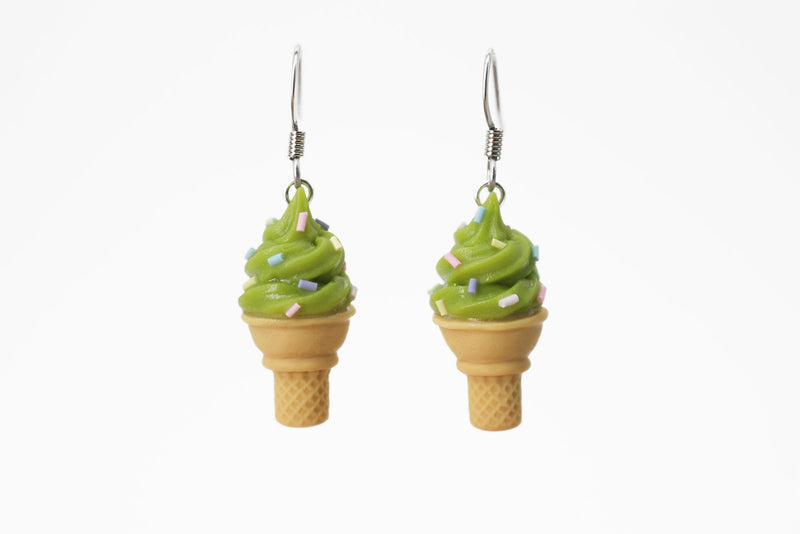 products/handmade_polymer_clay_pistachios_ice_cream_sugar_cone_earrings_2.jpg
