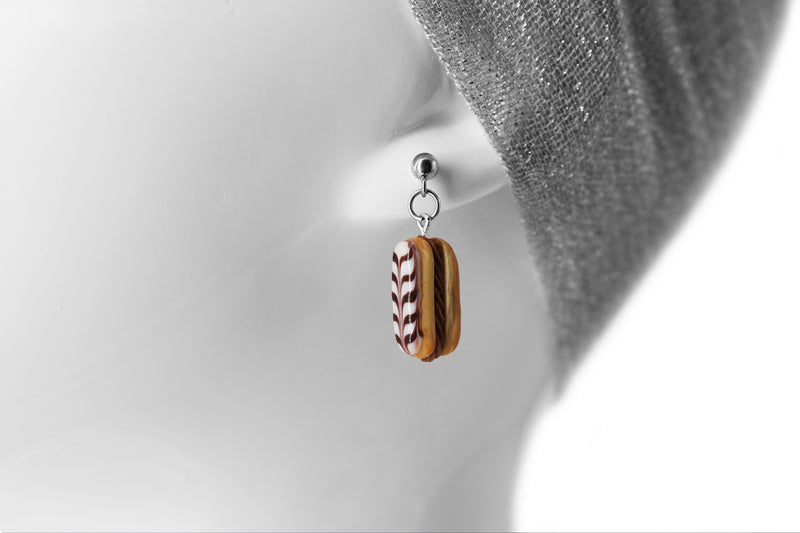 products/handmade_polymer_clay_stuffed_eclair_stud_earrings_with_choco_whipped_cream_8.jpg