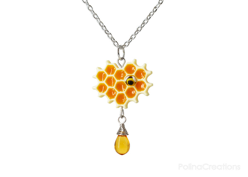 products/honeycomb_bee_necklace_silver_polina_creations_1.jpg