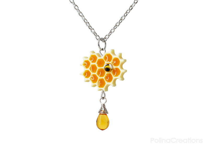 products/honeycomb_bee_necklace_silver_polina_creations_2.jpg