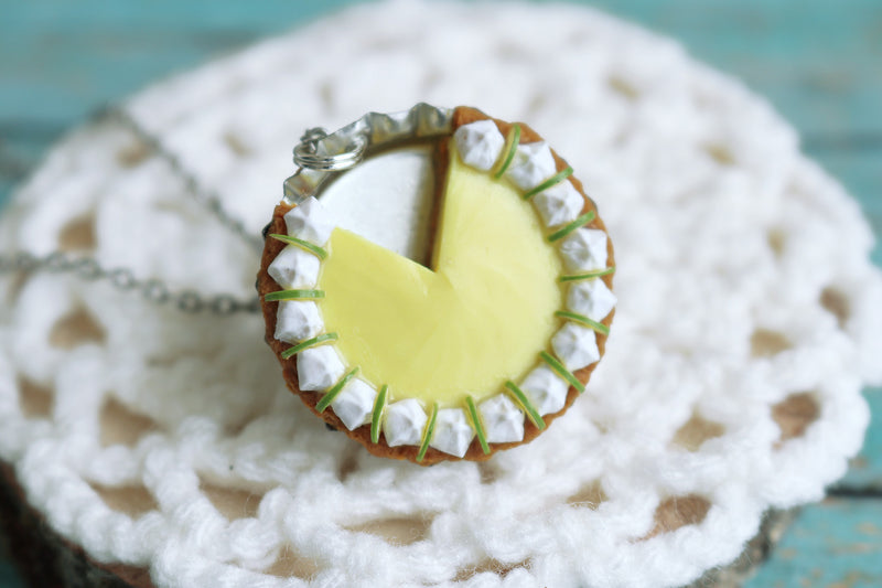 products/key_lime_pendant_1.jpg