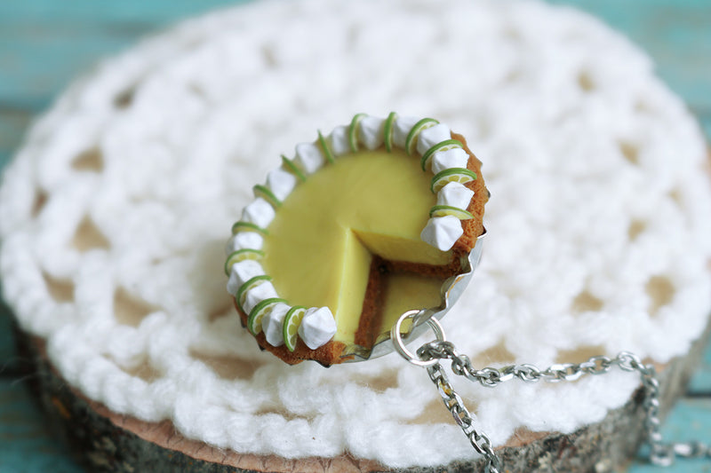 products/key_lime_pendant_4.jpg