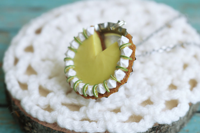 products/key_lime_pendant_5.jpg