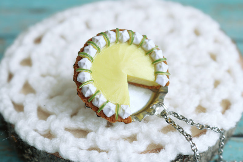 products/key_lime_pendant_6.jpg