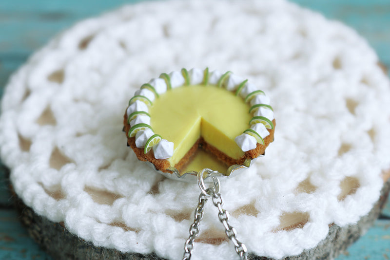 products/key_lime_pendant_7.jpg