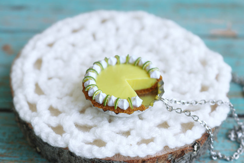 products/key_lime_pendant_8.jpg