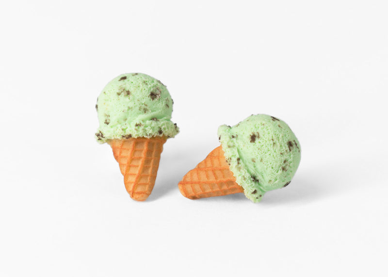 products/mint_ice_cream_waffle_cone_stud_earrings_6.jpg