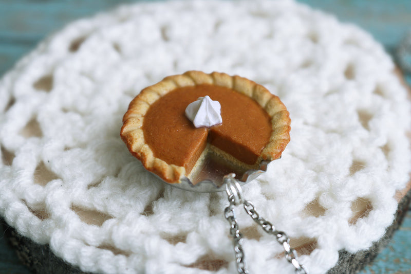 products/pumpkin_pie_pendant_2.jpg