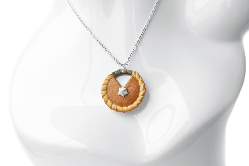 products/pumpkin_pie_pendant_2_zoom.jpg