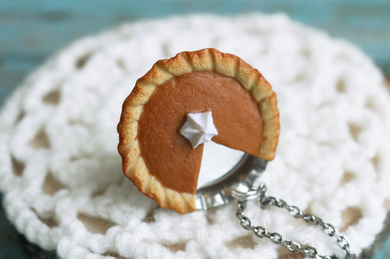 products/pumpkin_pie_pendant_4.jpg