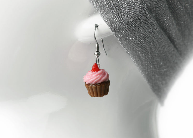 products/strawberry_frosting_chocolate_cupcake_earrings_zoom_3-2.jpg