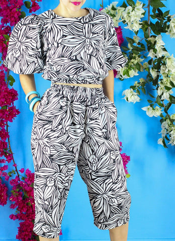 Frida Pants in Black & White Bloom Print