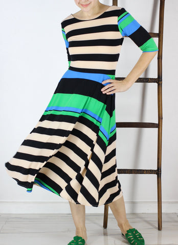 Alberta Ballerina in Stripes Play
