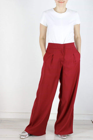 Hansel Pants in Deep Red